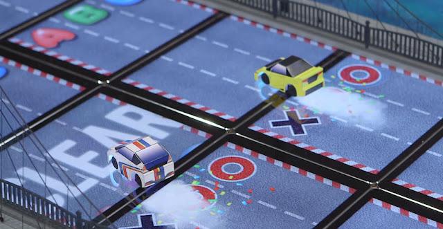 ホンダ、ネット経由で遠隔操作するミニカーのドラッグレースを開催。