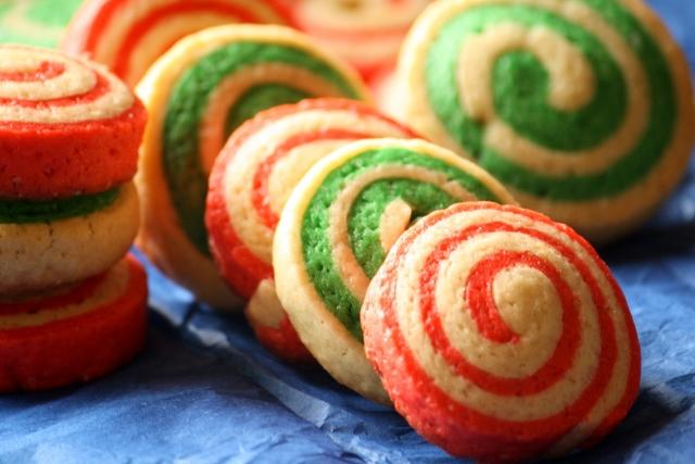Rueditas de menta (galletitas) / Mint pinwheel cookies / christmas cookies/galletas navideñas