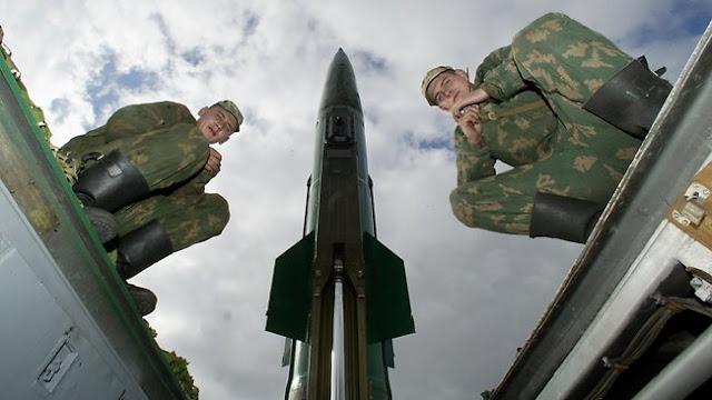 http://3.bp.blogspot.com/-BbaPV1vnNvA/T0jv_lBEHnI/AAAAAAAAArE/kcUpzf06HyQ/s1600/Russian+base.jpg