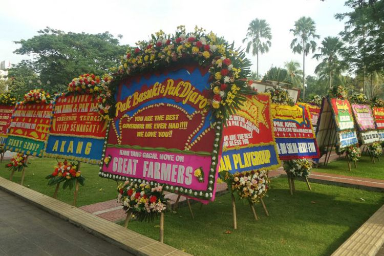 Ahok Membawa Berkah Bagi Pengusaha Papan Bunga Di DKI Jakarta