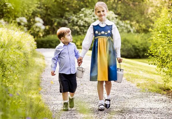 On the occasion of National Day of Sweden, The Royal Court released the traditional National Day photographs of Princess Estelle and Prince Oscar