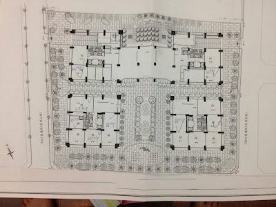 分為4棟口字型的建築再加上國賓大悅的樓高有27樓之高,所以這個建案的戶 因為每棟格局都大同小異