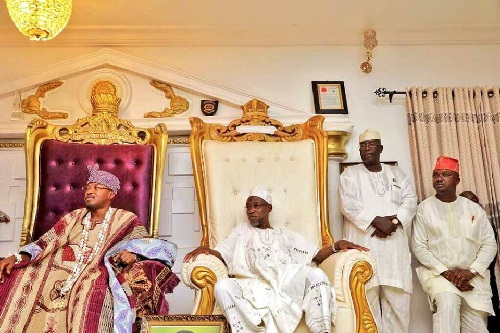 PHOTOS: Oluwo Of Iwoland, Oba Abdulrasheed Akanbi Hosts Gov. Aregbesola And Gov. Shettima In Iwo