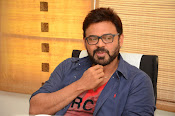Venkatesh stylish photos gallery-thumbnail-7