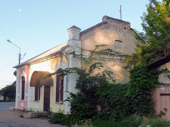 Конотоп. Ул. Клубная. Магазин. Здание 1923 г.