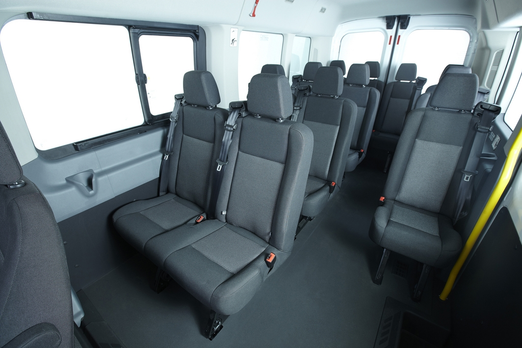 Motoring-Malaysia: New 14 seater Ford Transit Window Van