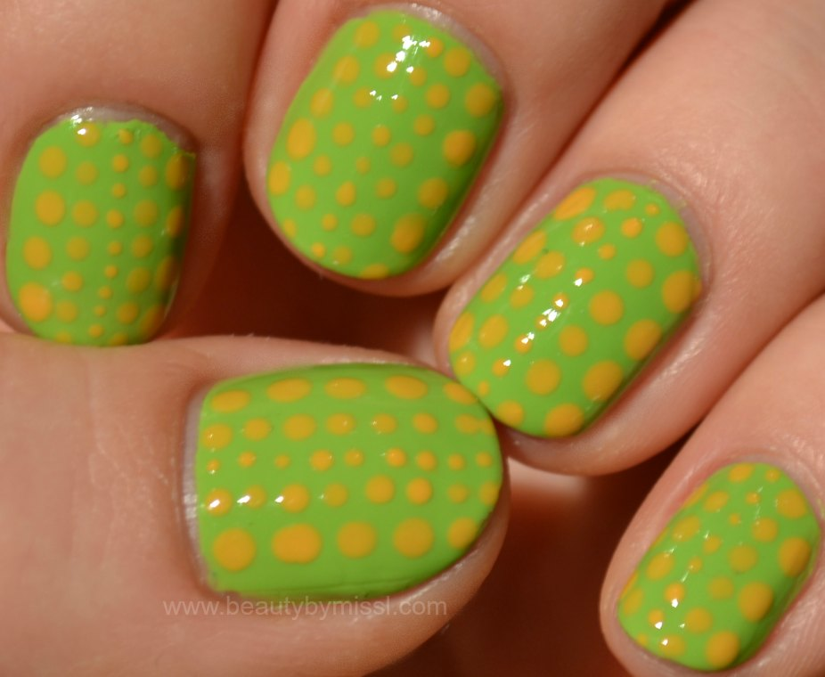 dotticure, green & yellow nails, notd, nails of the day