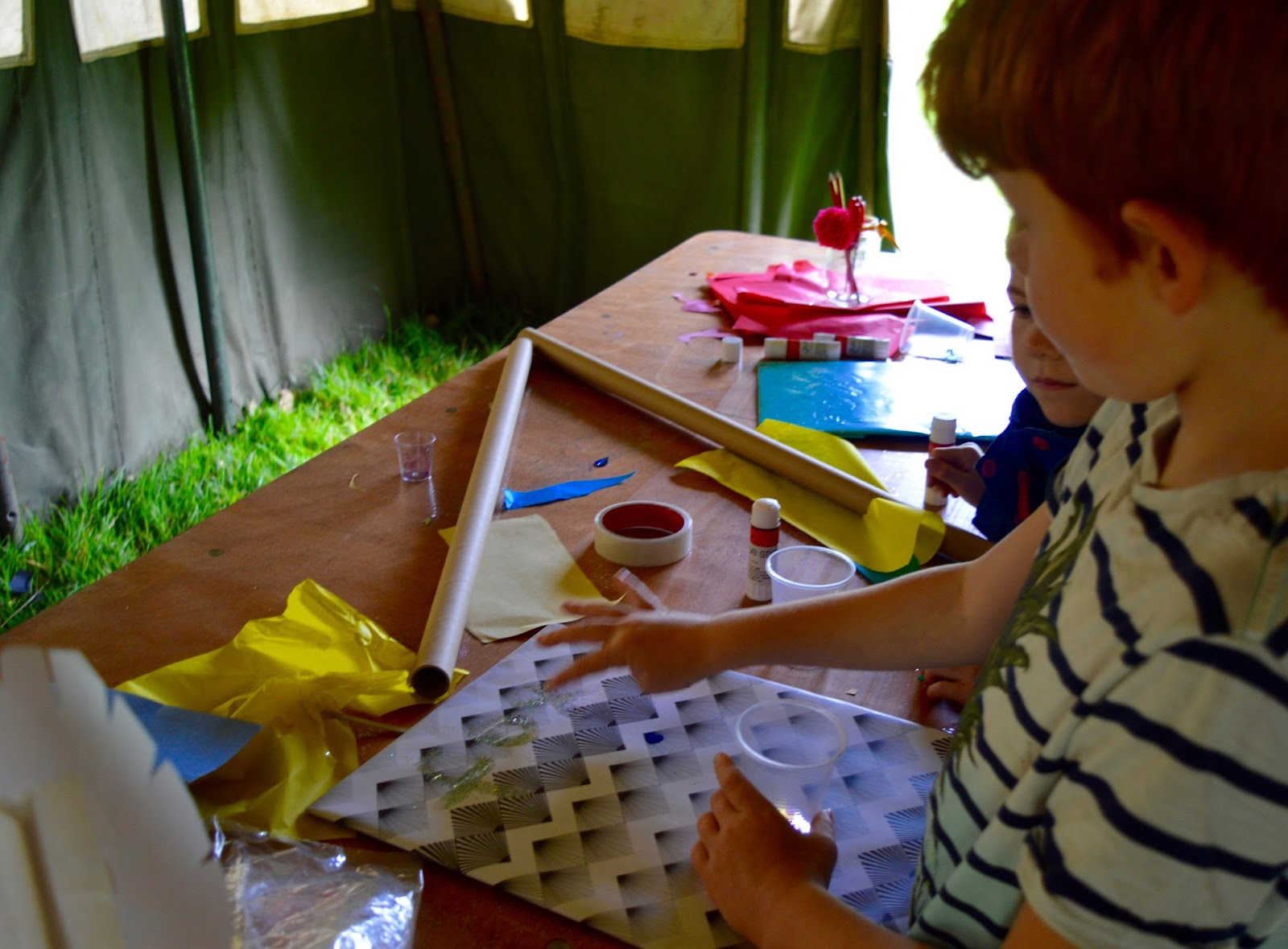 33 Reasons we LOVED the Just So Festival 2016 - free craft, make your own placard