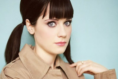 Zooey Deschanel' and her Natural Look