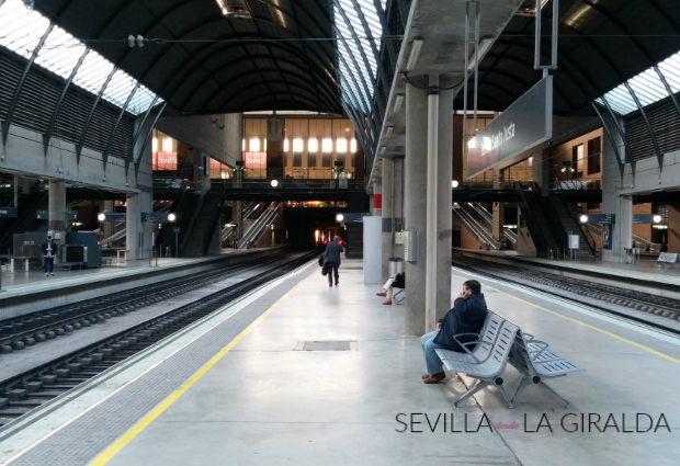 Andén de la estación de Santa Justa en Sevilla