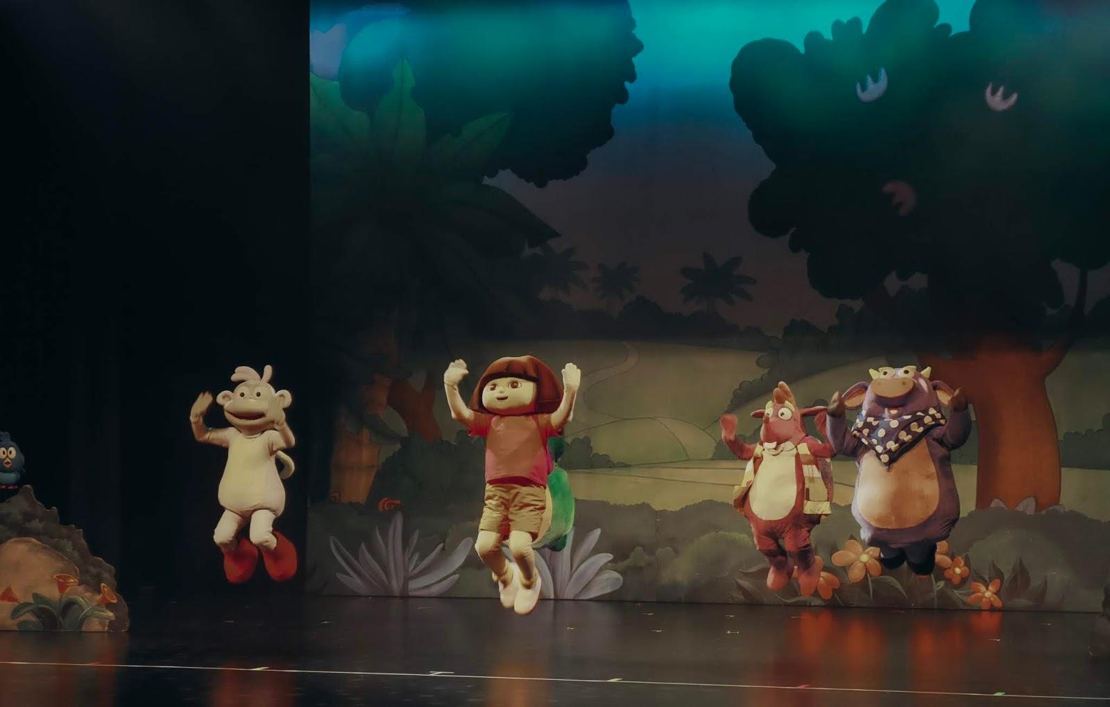 Dora the Explorer LIVE! Search for the City of Lost Toys Curitan Aqalili