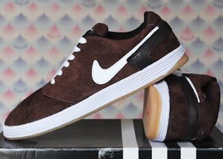 Sepatu Nike Casual Terbaru Original Untuk Pria Dan Wanita Update Bulan Ini