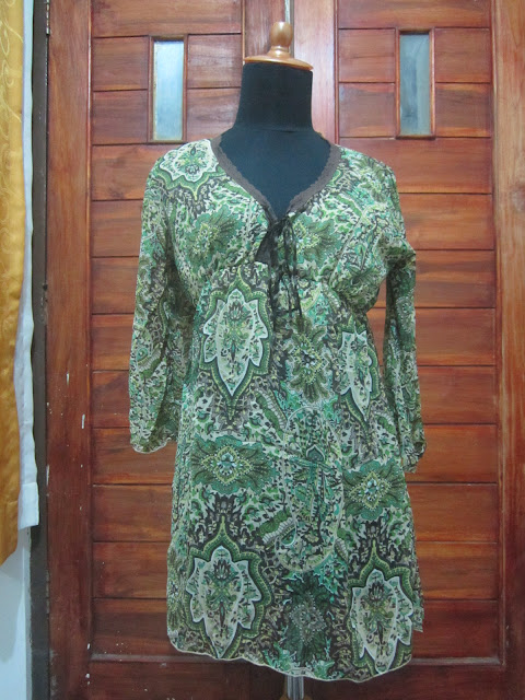 Dress Mignon Ukuran M ( DR 3 )