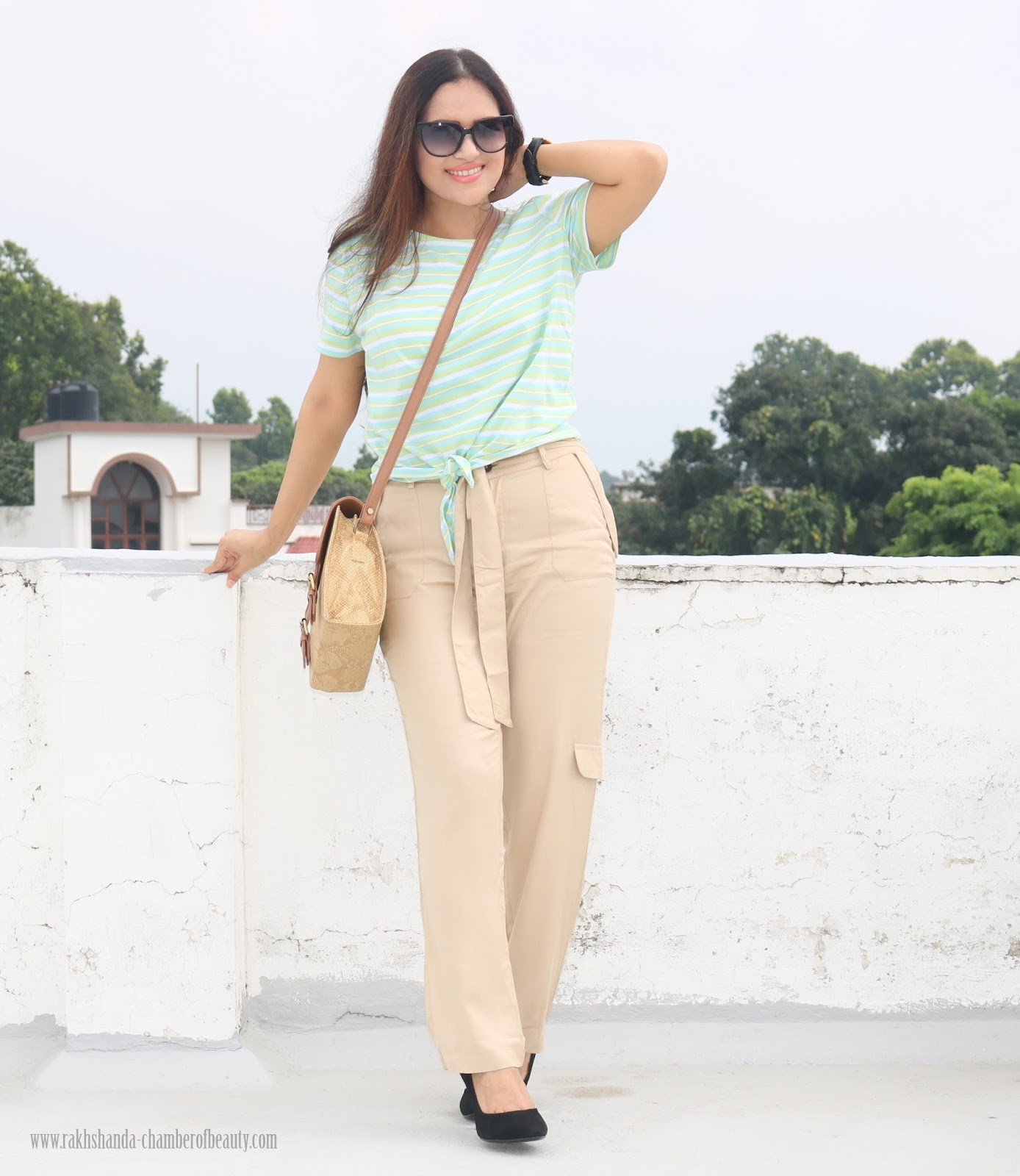 OOTD :Jogger Pant with Striped Tee | How To Style Jogger Pants