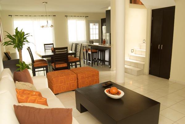 Casas en venta y departamentos casa muestra adosada for Decoracion apartamentos modelo