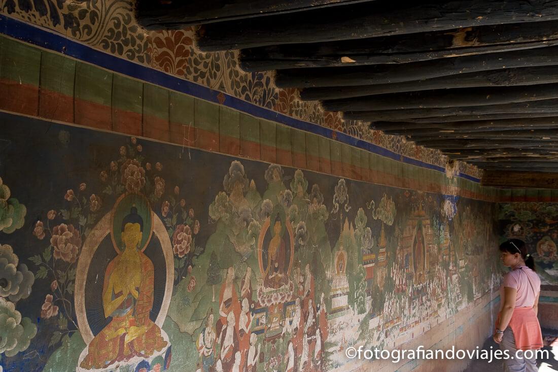 pinturas budistas en monasterio de Samye en Tibet