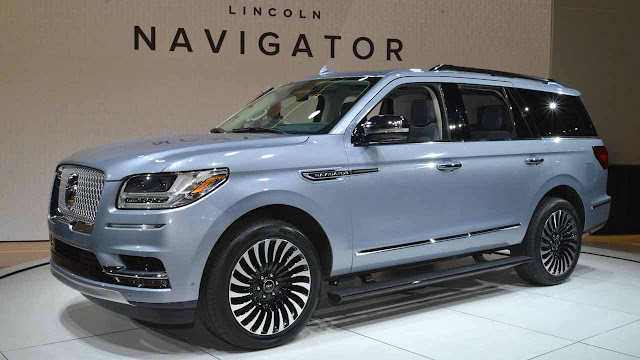 The New 2018 Lincoln Navigator Luxury SUV