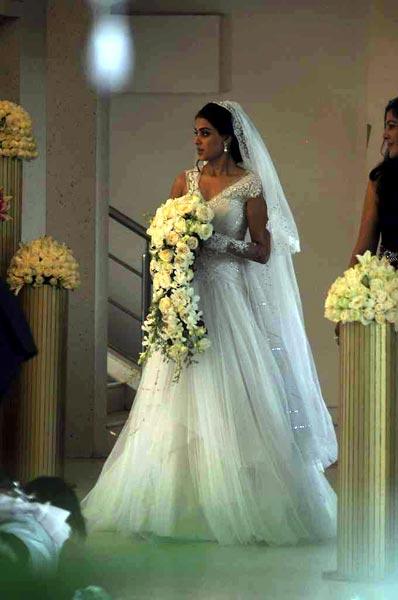 Curly Fries: BRIDAL COUTURE: Ritesh Deshmukh & Genelia D ...
