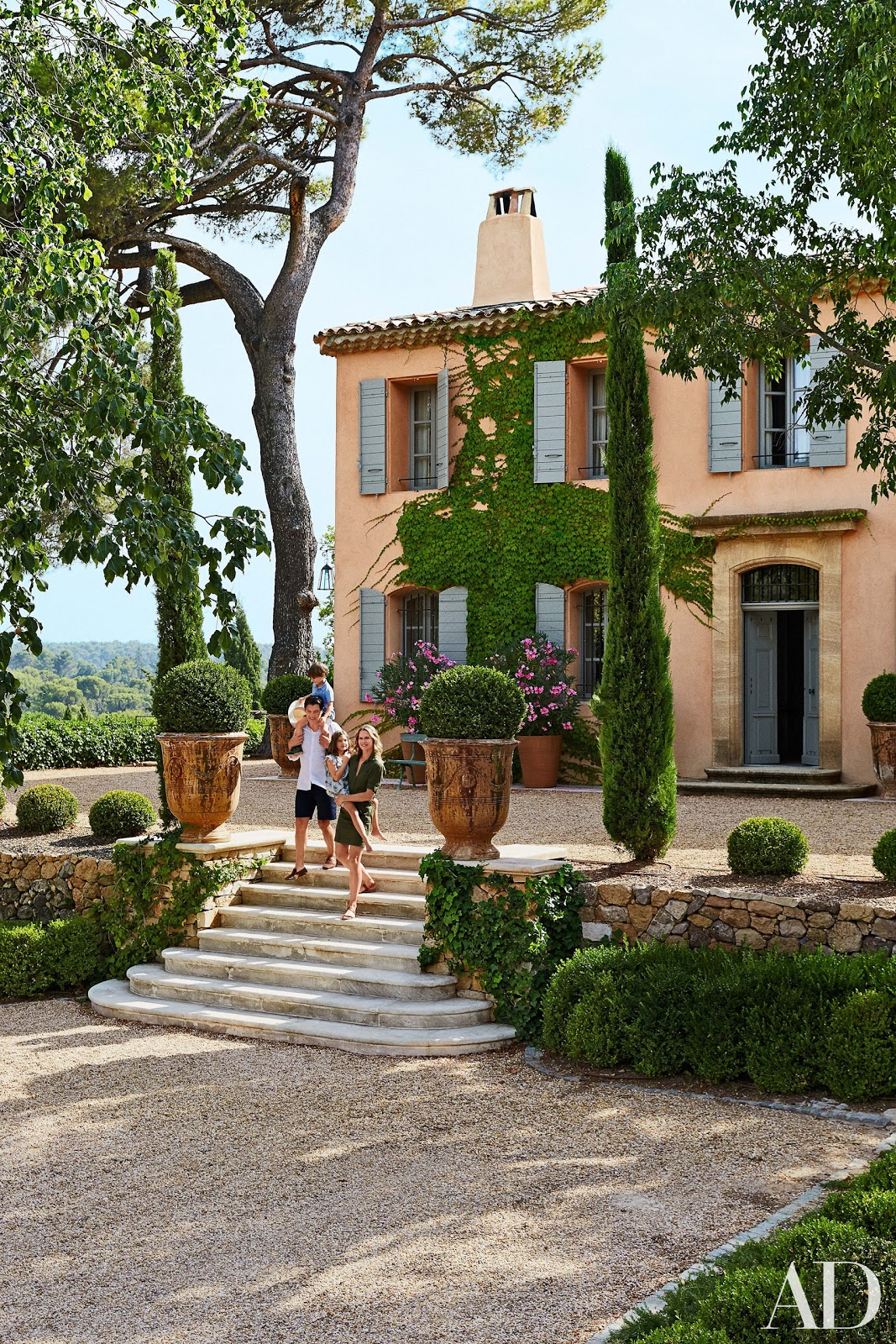 Decor inspiration south of france home fr d ric fekkai for Maison de provence decoration