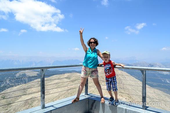 Tahtalı dağının zirvesinde 2365 metre yükseklikte oğlumla, manzara müthiş, Kemer