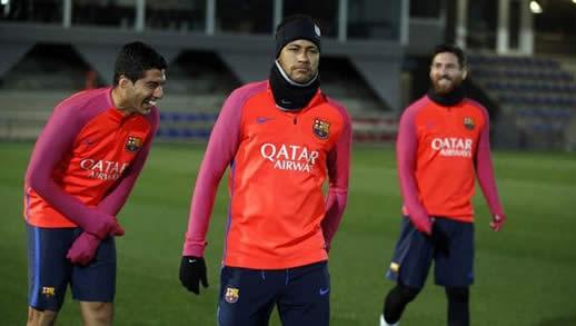 Messi y Suárez convencieron a Neymar de quedarse en Barcelona
