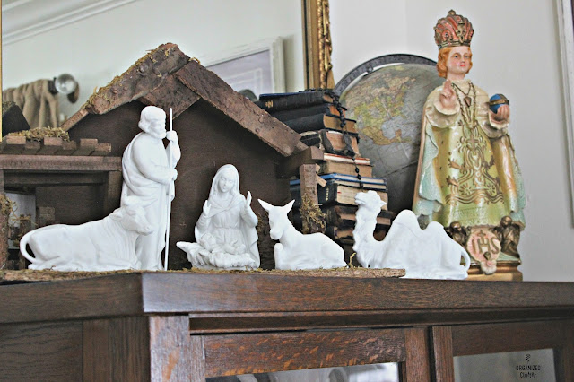 Vintage Home Interiors Nativity Figurines #Infantofprague #vintagesilverglobe #vintageglove #biblecollection