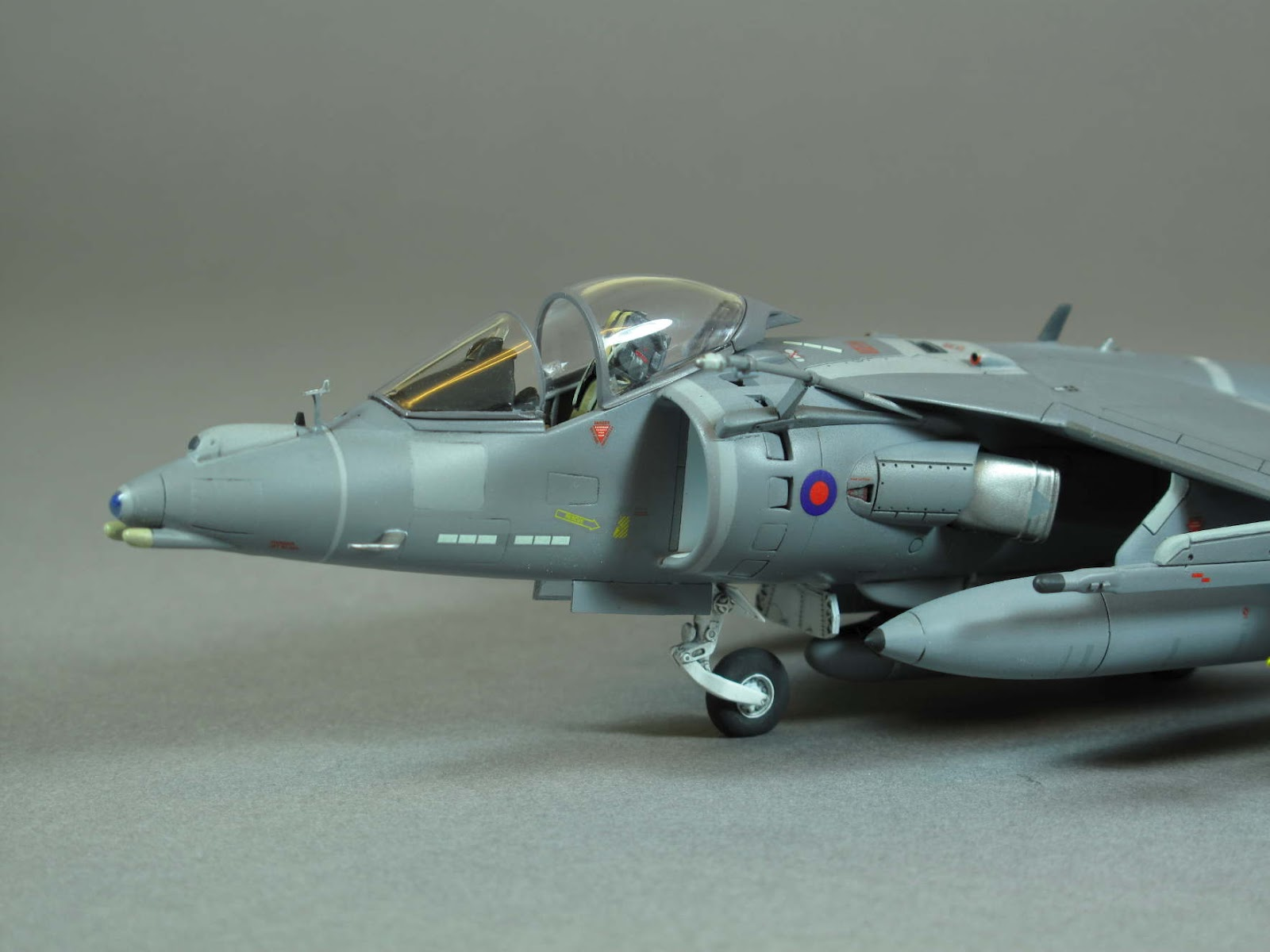 Cold War Aircraft Modeller: AIRFIX 1/72 Harrier GR.9 ...