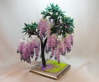 Цветы и деревья из бисера.  Схемы и мастер-классы.