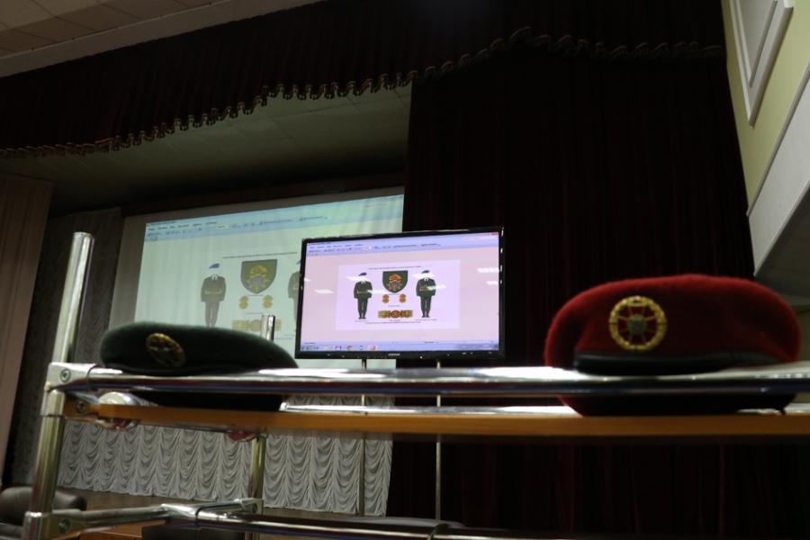 уніформа НГУ