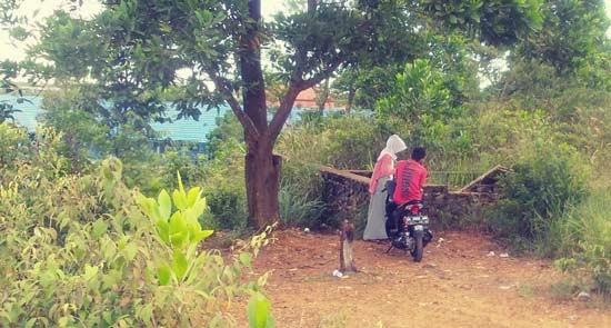 Pelajar SMA di Kecamatan Cempaka Kota Banjarbaru membolos dan memilih mojok dengan teman prianya