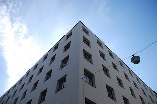 detail of corner, Riksförsäkringsanstalten, Stockholm - Sigurd Lewerentz