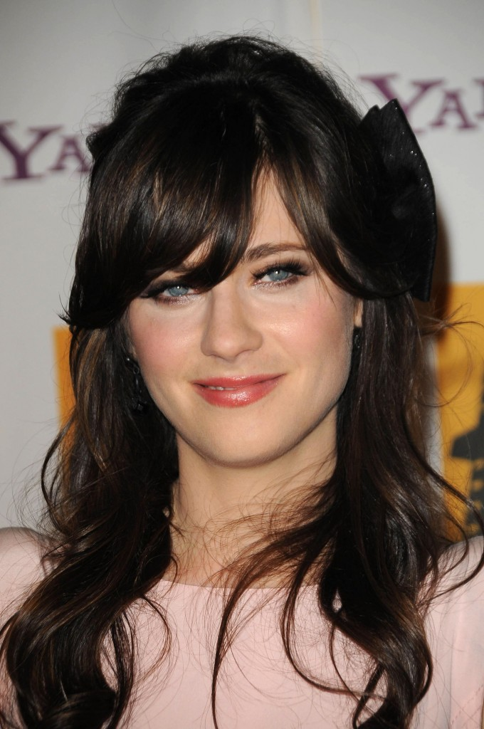Zooey Deschanel39s Hairstyles Amp Hair Colors Steal Her ...