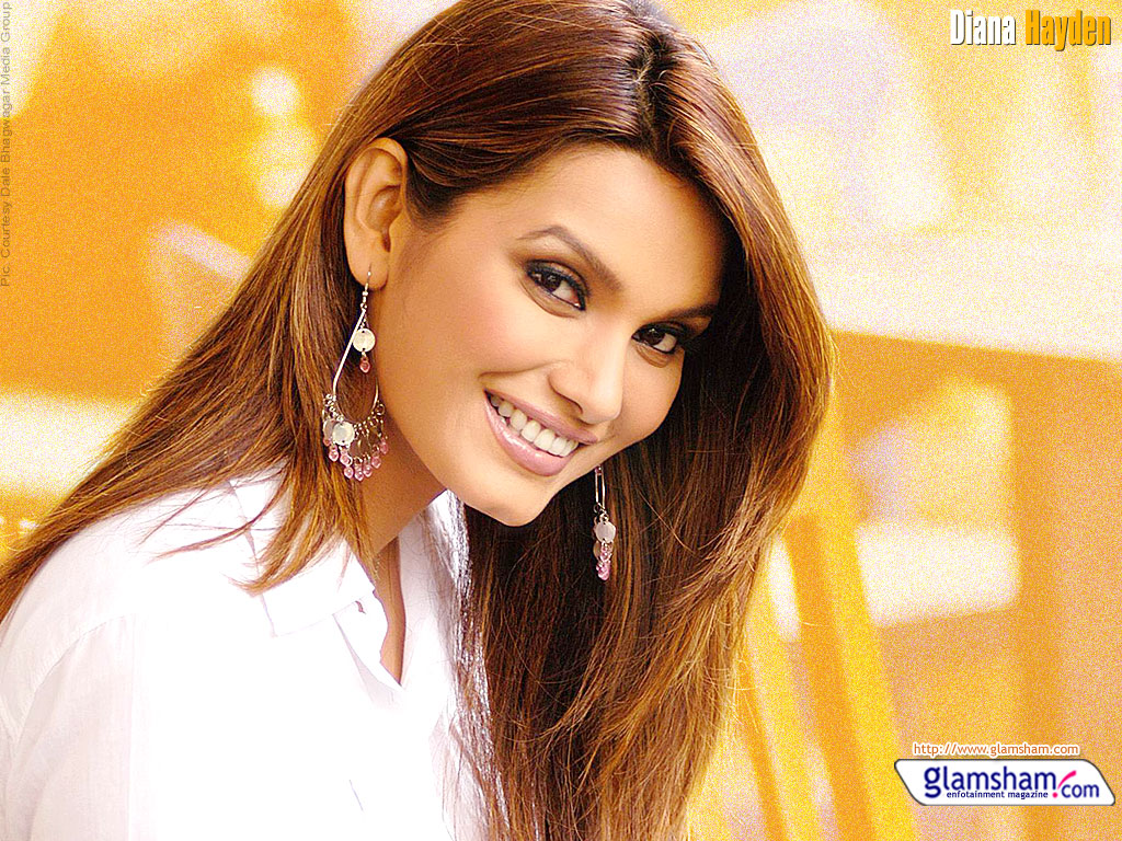 Wallpaper Amazing Cars Hd Wallpapers Of Diana Hayden Hd Wallpapers