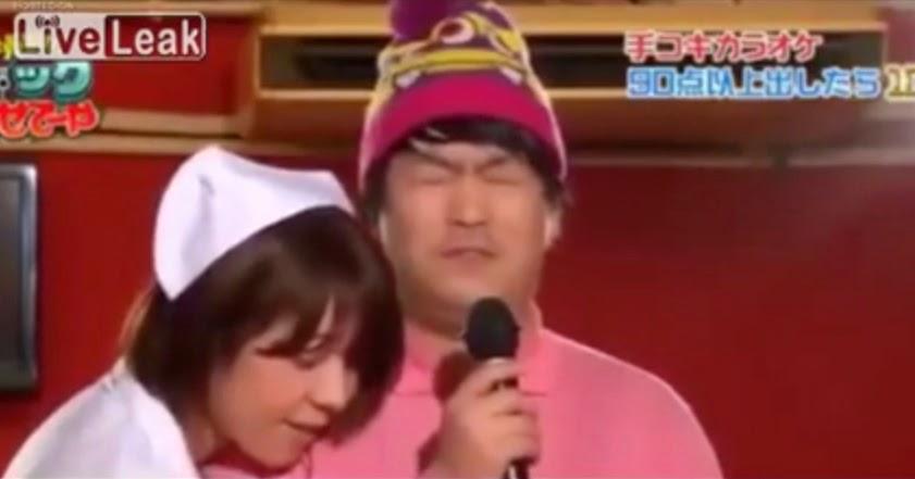 Programa de Tv donde Hacen Kareoke mientras los Masturban