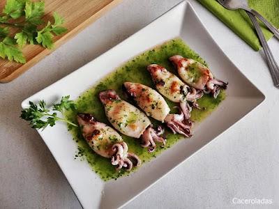 Chipirones a la plancha en salsa verde