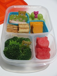 Lunchables bear themed, bento school lunch