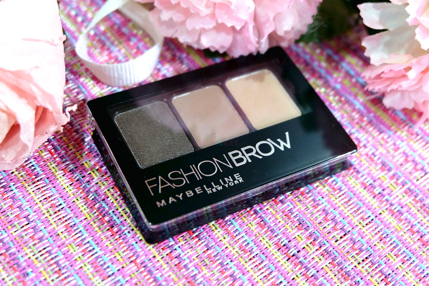 Fashion Brow 3D Contouring Palette Review  Maybelline x