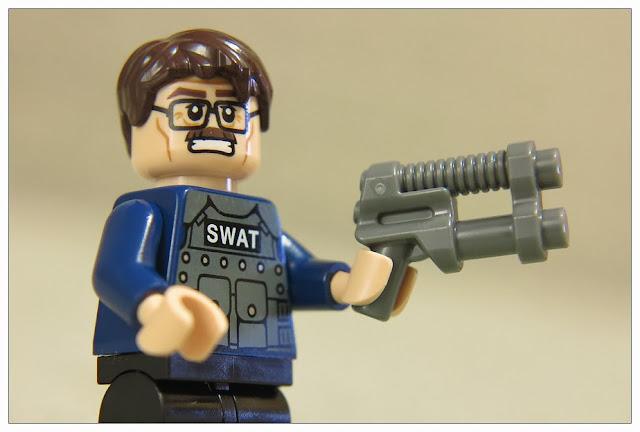 樂高 76001 - The Bat V.S Bane: Tumbler Chase @ Louis's Lego Life :: 痞客邦