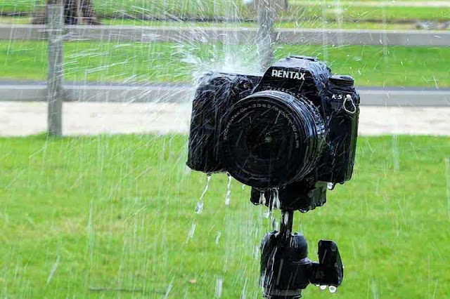close up, Pentax K5 under shower