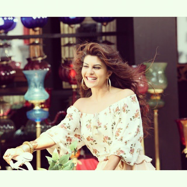 jacqueline fernandez ,😍😍😍 only one month to go for roy ,, Jacqueline Fernandez Hot Stills From Roy Movie