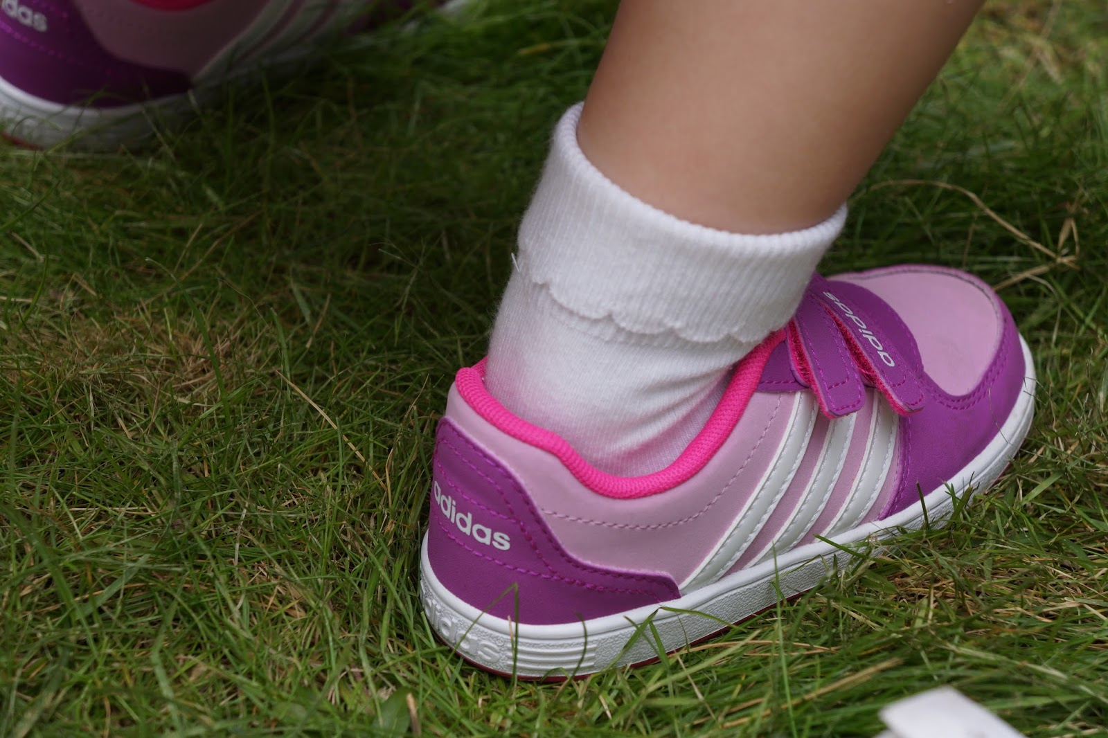 toddler girl adidas trainers