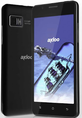 Spesifikasi  Axioo Picopad 5   Axioo Picopad 5 mengadopsi teknologi terkini dengan menanamkan operating system (OS) Android versi 4.0 Ice Cream Sandwich ke dalam perangkat tersebut,  Picopad 5 ini sudah dilengkapi dengan dual SIMcard didalamnya dengan keduanya dapat diaktifkan secara bersamaan baik GSM maupun CDMA dalam keadaan dual standby.   Untuk aktifitas merekam Picopad 5 dibekali dengan dual kamera di bagian depan 03 MP sedangkan untuk kamera belakang dibekali dengan 5 MP yang mempunyai fungsi untuk ambil foto dan video, sedangkan media penyimpanan internernalnya mempunyai kapasitas 4 GB dengan tambahan penyimpanan eksternal micro Sd hingga 32 GB.  Selain itu Picopad dapat lakukan video call juga menonton TV yang dilengkapi dengan antenna serta fungsi radio FM termasuk sisi hiburan seperti video HD, musik serta hiburan lainnya yang dapat di unduh secara gratis maupun berbayar melalui Google Play. Adapun harga-nya kisaran Rp.1,799,000 untuk pilihan warna Black adapun pilihan warna White Rp.1,899,000.   Kelebihan Axioo Picopad 5 Layar sentuh berdimensi 5 inci dengan resolusi 800×480 WVGA Touch Panel, 5 poin capacitive touch dengan teknologi tranmissive yang memungkinkan tampilan layar lebih jelas meskipun di tempat yang jelas. Ini dikarenakan adanya lampu tambahan pada layar LCD (disebut backlight). Untuk sebuah smartphone, Axioo Picopa
