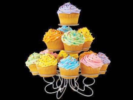 http://www.themadeco.fr/fr/les-presentoirs/677-deco-de-gateaux-presentoir-cupcake.html?gclid=CJ-W473607sCFTDMtAodTyEAxQ