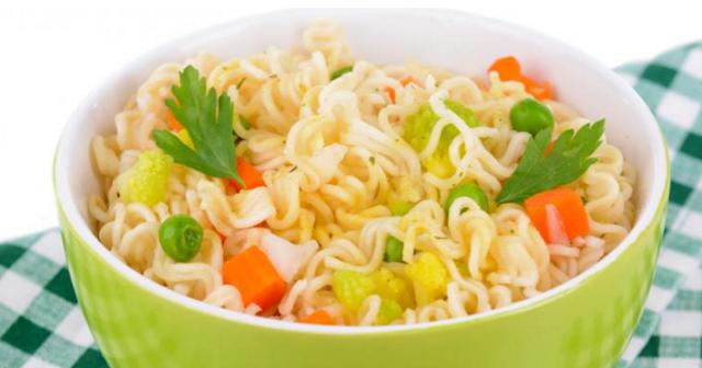 Gambar Makanan Instan dan Cepat Saji