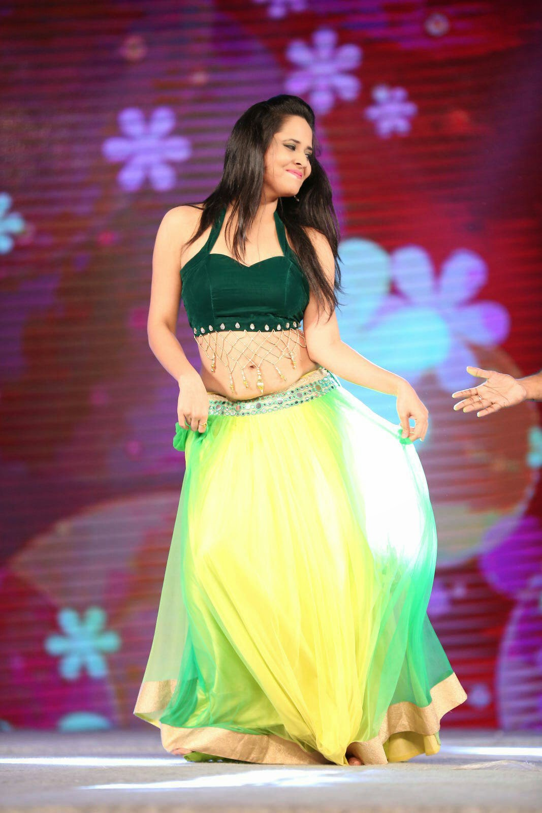 Anasuya In Lovely Choli Ghagra Dance Performance At Gama Awards Yhsm Inucbr 001