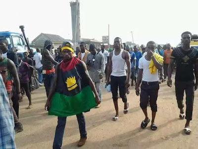 IGBOS ARE THIER OWN ENEMY – 12 IPOB MEMEBERS RELEASED FROM POLICE STATION REVEALS SHOCKING DETAILS ABOUT THEIR ARREST