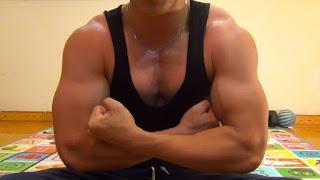 Bài tập cơ ngực và bụng tại nhà