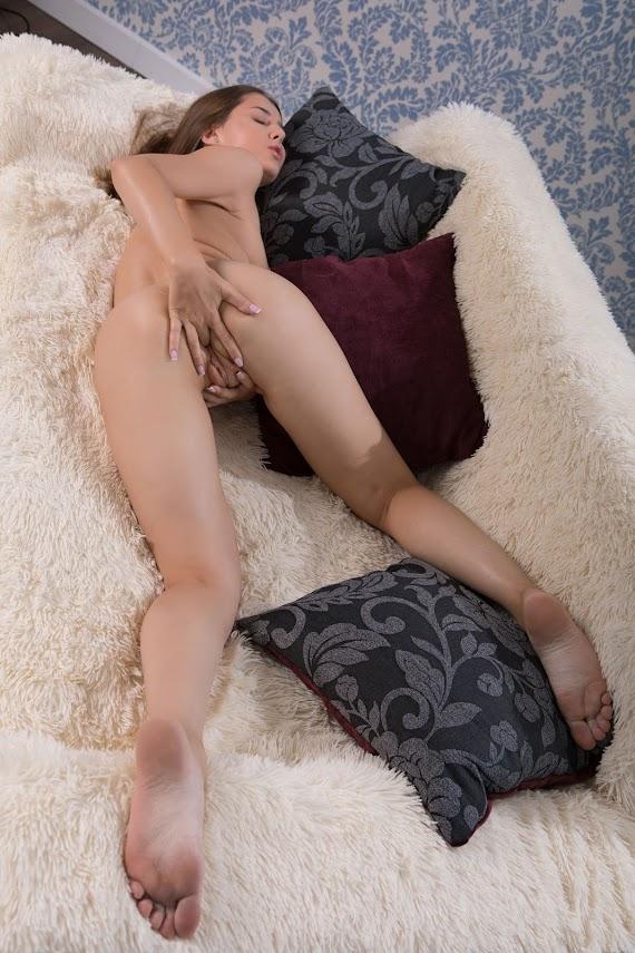 SexArt Bambi Joli Sexy GazeReal Street Angels