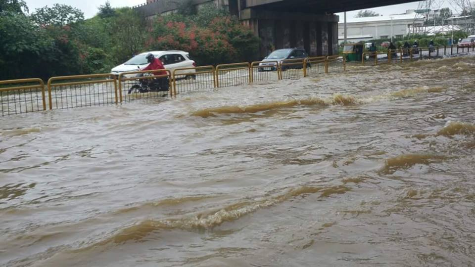 Eight Hours of Non-Stop Torrential Rains brought Bengaluru to its Knees!