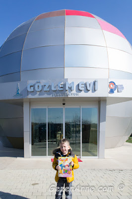 Planetaryum - gezegenevi önünde oğlum, Sancaktepe Bilim Merkezi İstanbul
